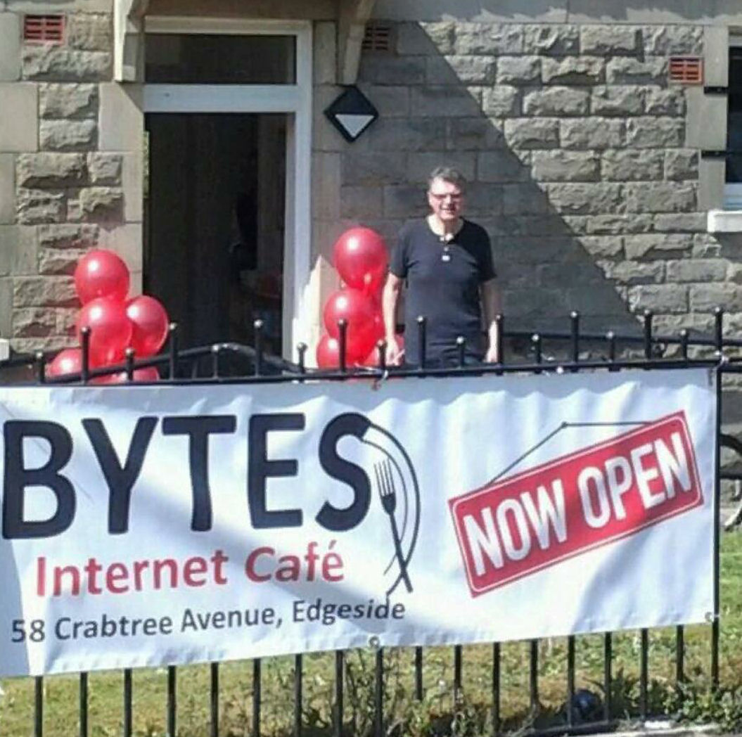 Bytes internet cafe
